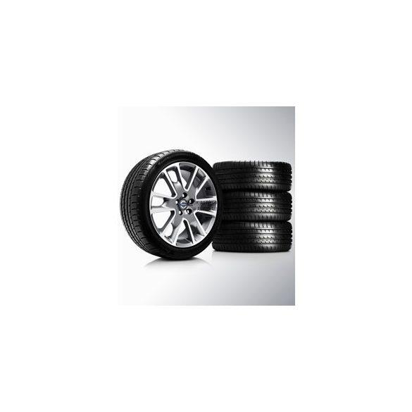 S60/V60/V70 Freja Diamond cut/Light Grey 8x18 komplett nyárigumi szett