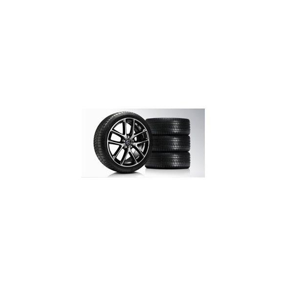 S60/V60/V70 Modin Diamond cut/Glossy Black 8x18 komplett nyárigumi szett
