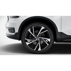 "XC40 - 20"" Double Spoke Matt Black Diamond Cut - komplett téli kerék szett - Continental"