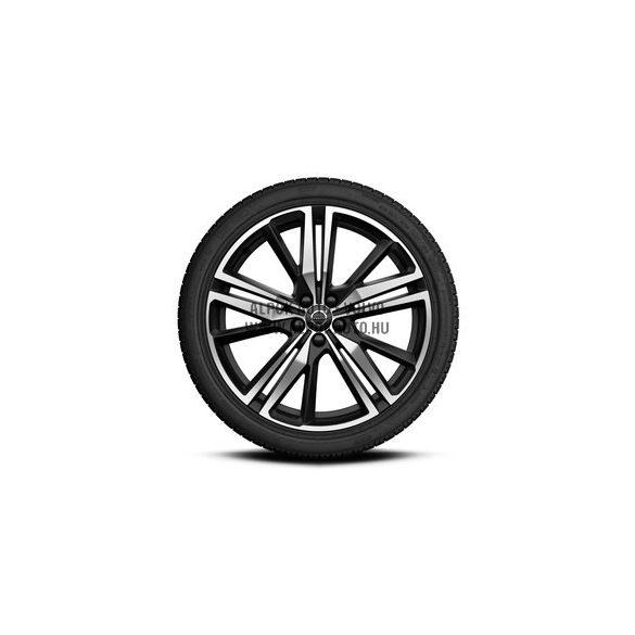 "V60 II - 20"" Triple Spoke Matt Black Diamond Cut - Komplett téli kerék szett - Nokian"