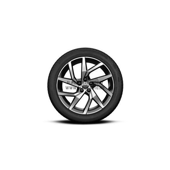 """V60 II - 18"""" Spoke Black Diamond Cut - Komplett téli kerék szett - Pirelli"""